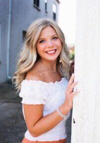 Ryleigh Senior Pic